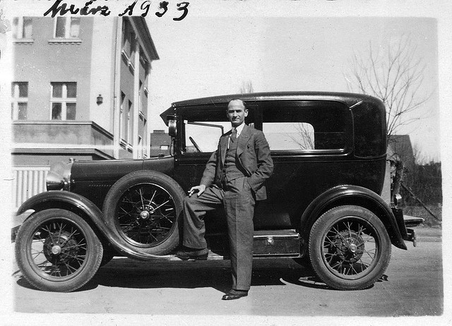 History of the automobile - Wikipedia