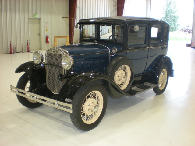 1931 Ford Model A RARE 1931 CANADIAN SUICIDE-DOOR SEDAN - BEAUTIFULLY RESTORED