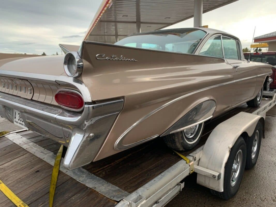 1959 Pontiac Catalina rear view