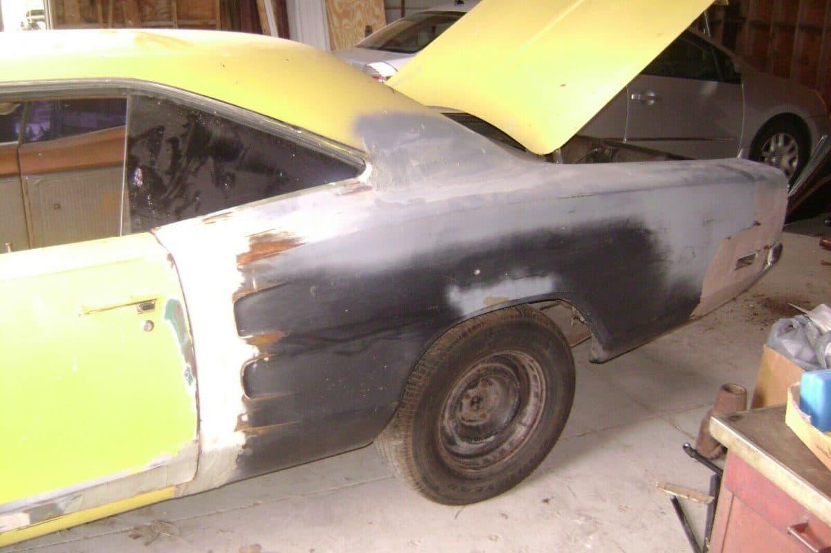 1969 Dodge Super Bee - quarter panel